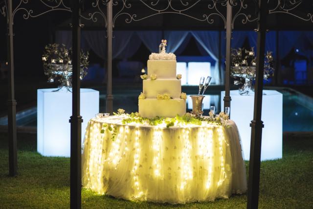 La torta illuminata