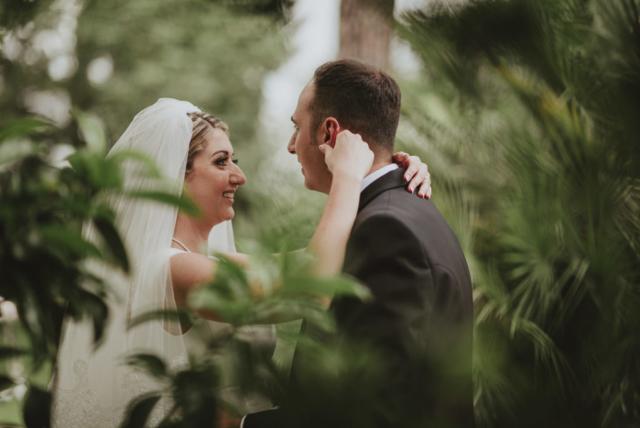 lo sguardo degli sposi