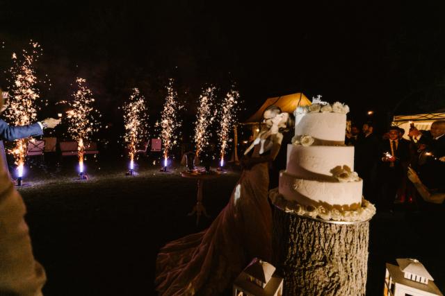 Gli sposi e le fontane di luce