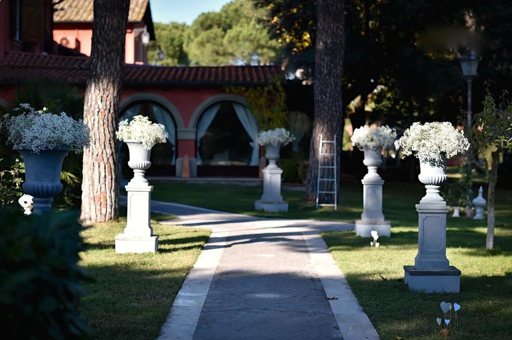 L'entrata nella Villa